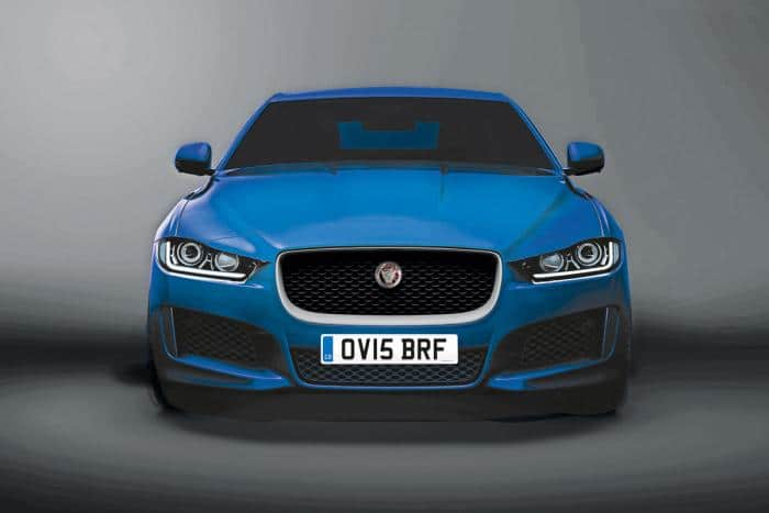 Jaguar XE - Modèle bleu