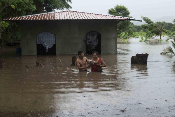 Inondation provoquée par la tempête Nate au Nicaragua