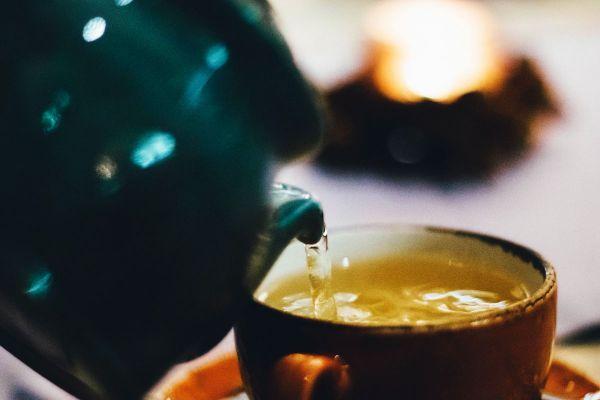 thé au gingembre et curcuma